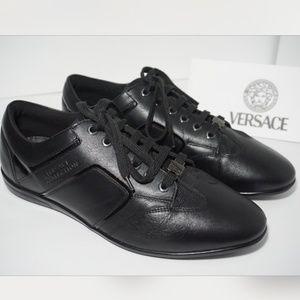 🆕VERSACE Embossed Low Top Sneaker Black Leather
